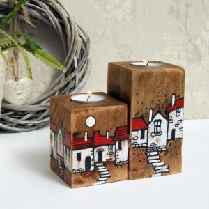 2 drewniane świeczniki ręcznie malowane - domki