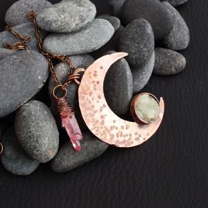 Aeris  - miedziany wisiorek z księżycem