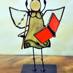 Aniołek bibliotekarka