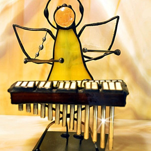 Aniołek z marimbą