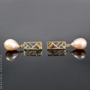 Ażurowe sztyfty z różowymi perłami