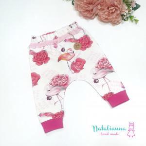 Baggy -spodnie z flamingami