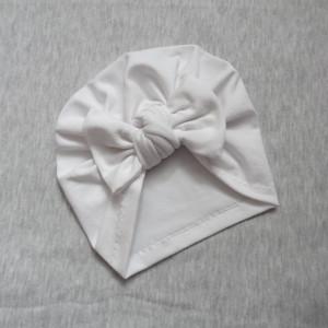 Bawełniana czapka turban kokarda biała