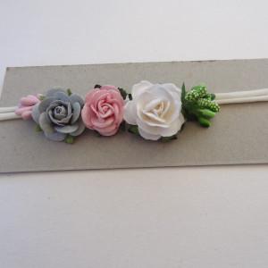 bezuciskowa opaska mini wianek kwiaty różyczki