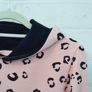 Bluza cętki pudrowy róż dla dziewczynki 122 - 134