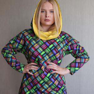 Bluza damska z kapturem KOLOROWA PLECIONKA 1