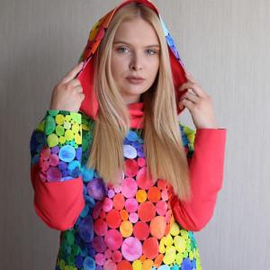 Bluza damska z kapturem KOLOROWE KULKI 1