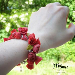 Bransoletka czerwona/kwiaty FIMO Piwonie