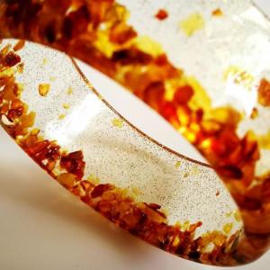 Bransoletka koronka z bursztynu i złoty pył