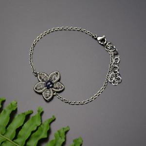 Bransoletka kwiat z szafirem, wire wrapping