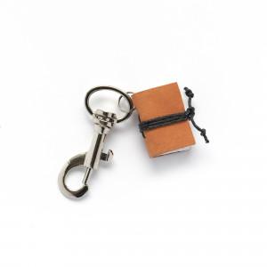Brelok książkowy do kluczy G04