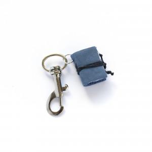 Brelok książkowy do kluczy G09