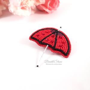 Broszka z koralików czerwona parasolka