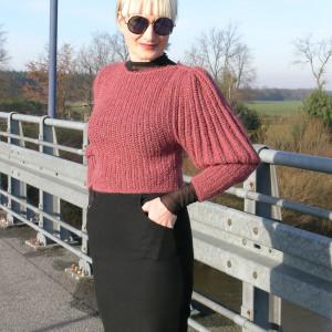 Bufon- sweter z bufiastymi rękawami