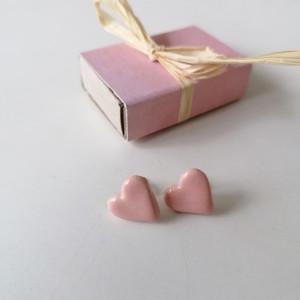 Ceramiczne pudrowe serca