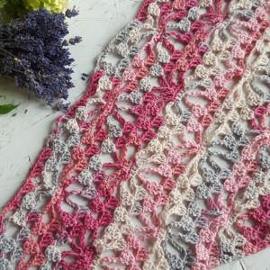 Chusta bawełniana w odcieniach różu