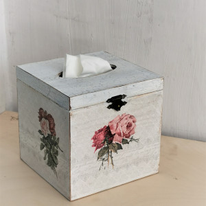 Chustecznik róże vintage