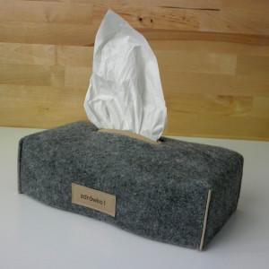 chustecznik z filcu/ filcowe etui na chusteczki js