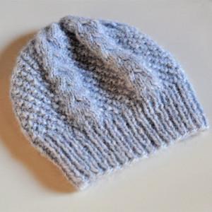 ciepłą czapka z alpaki