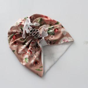 Czapka turban lekki kwiaty na chłodnym  różu