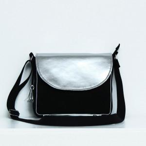Czarna torebka ze srebrną klapką!
