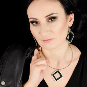 Designerski komplet biżuterii kwadraty czarne