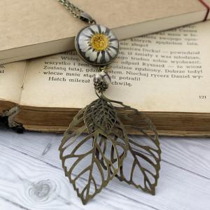 Długi Medalion z Kwiatem i Jaspisem