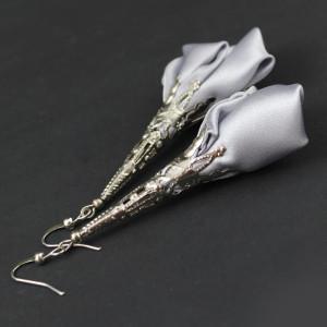 Długie Kolczyki Materiałowe Kwiaty Silk Srebrne