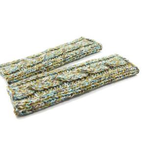Długie kolorowe mitenki na drutach z warkoczem