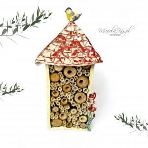 Domek dla pszczół z makami ceramika