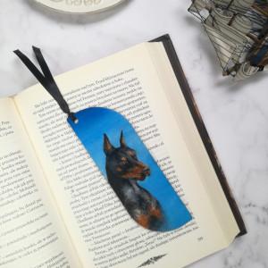 Drewniana zakładka do książki doberman