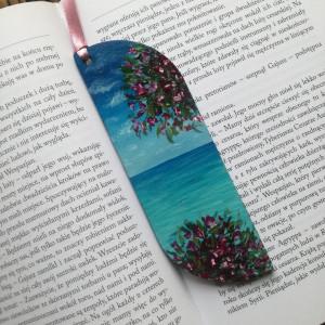 Drewniana zakładka do książki nadmorskie kwiaty