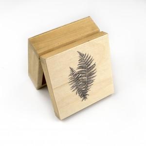 Drewniane pudełko - paproć