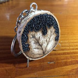 Drewniany brelok - Liść