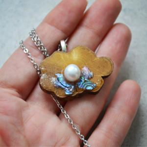Drewno wisiorek z perłą fioletowy