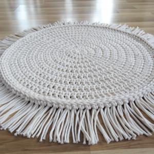 Dywan ze sznurka 70 cm kremowy boho z frędzlami