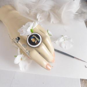 Dziewczyna z perłą, Vermeer  pierścionek