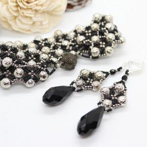 Elegancki komplet biżuterii z lawy wulkanicznej
