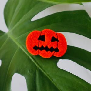Filcowa dynia a Halloween