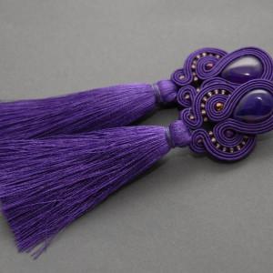 fioletowe kolczyki lub klipsy sutasz z chwostami 1