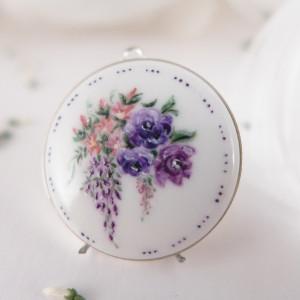 Fioletowe kwiaty, Porcelana malowana, srebro