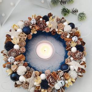 Granatowe niebo - wianek świąteczny