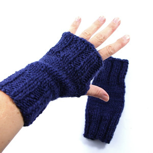Granatowe rękawiczki mitenki na drutach unisex