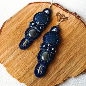 Granatowo-szare kolczyki z jeansowymi kaboszonami