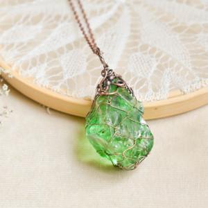 Green - naszyjnik z kryształem