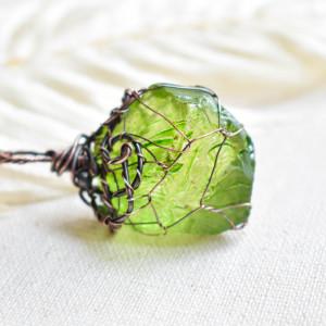 Green net - naszyjnik z kryształem