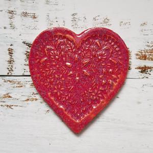 Intensywnie różowe serce - podstawka pod kubek