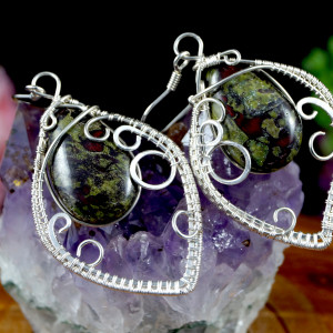 Kamień krwisty, srebne kolczyki - heliotrop liść