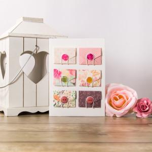 Karta okolicznościowa z kopertami różowa