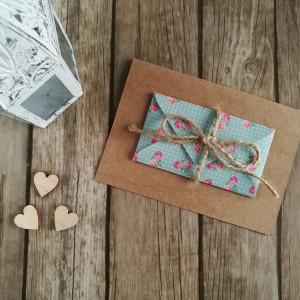 Karta z kopertą róże na mięcie rustykalna